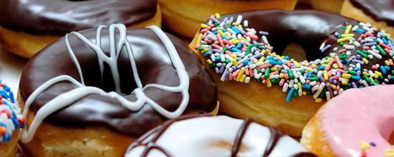 4. Yum Yum Donuts