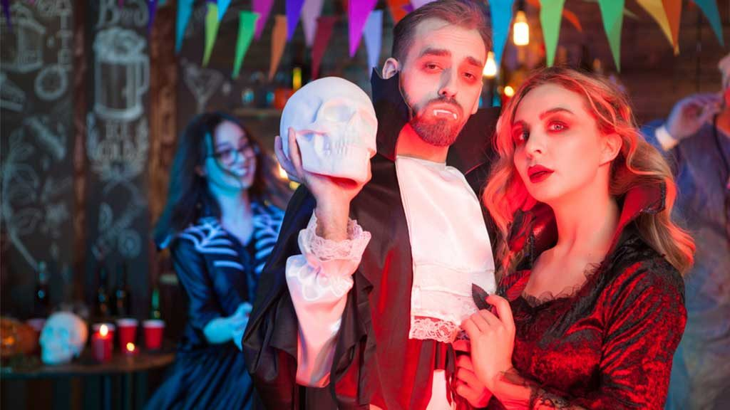 'Restless Spirits': What Do People Do on Halloween?