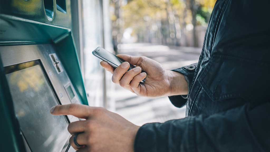 Using Location Intelligence for Bank Advertising